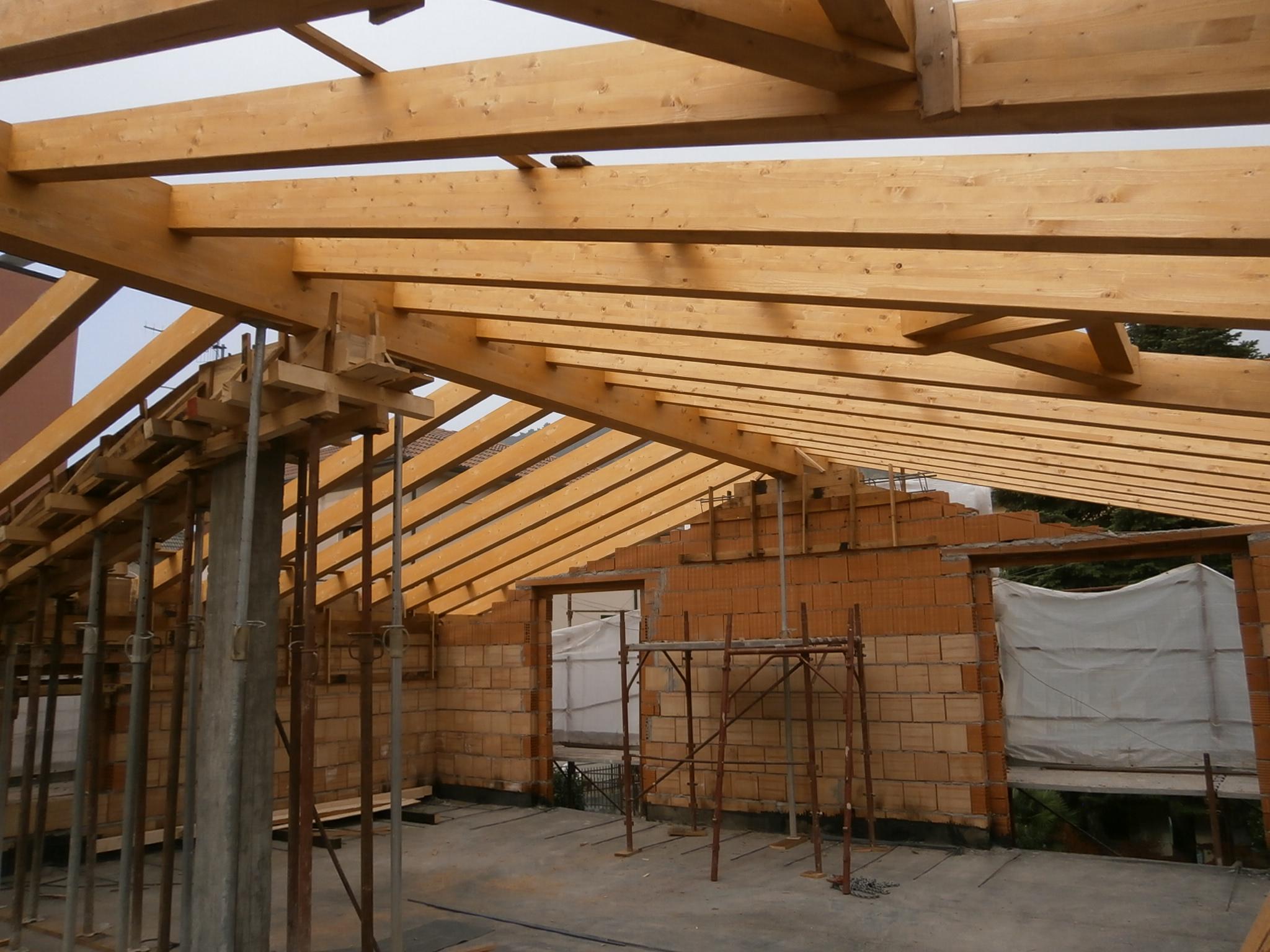 Errepi tetto gli specialisti del tetto for Montaggio tetto in legno ventilato